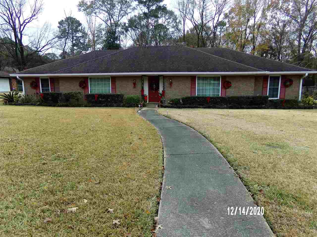 835 RUTHERFORD DR, Jackson, MS 39206 - MLS#: 336698