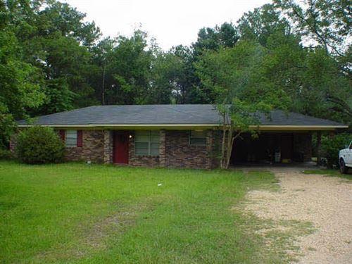 Photo of 4912 W SIMPSON HWY 28, Magee, MS 39111 (MLS # 253736)