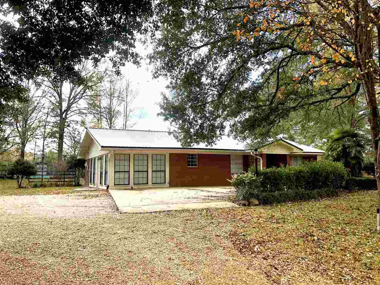 251 E SIMPSON HWY 28, Magee, MS 39111 - MLS#: 336756