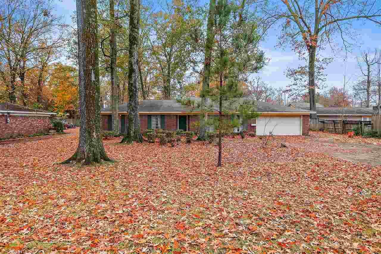 5725 RIDGEWOOD RD, Jackson, MS 39211 - MLS#: 336757