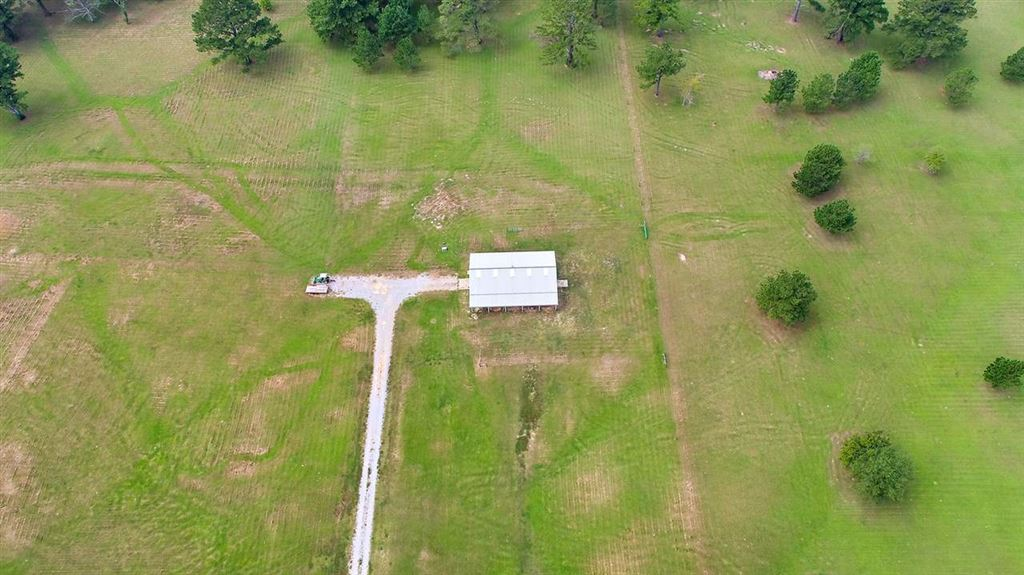 1976 PLEASANT GIFT RD, Canton, MS 39046 - MLS#: 324808