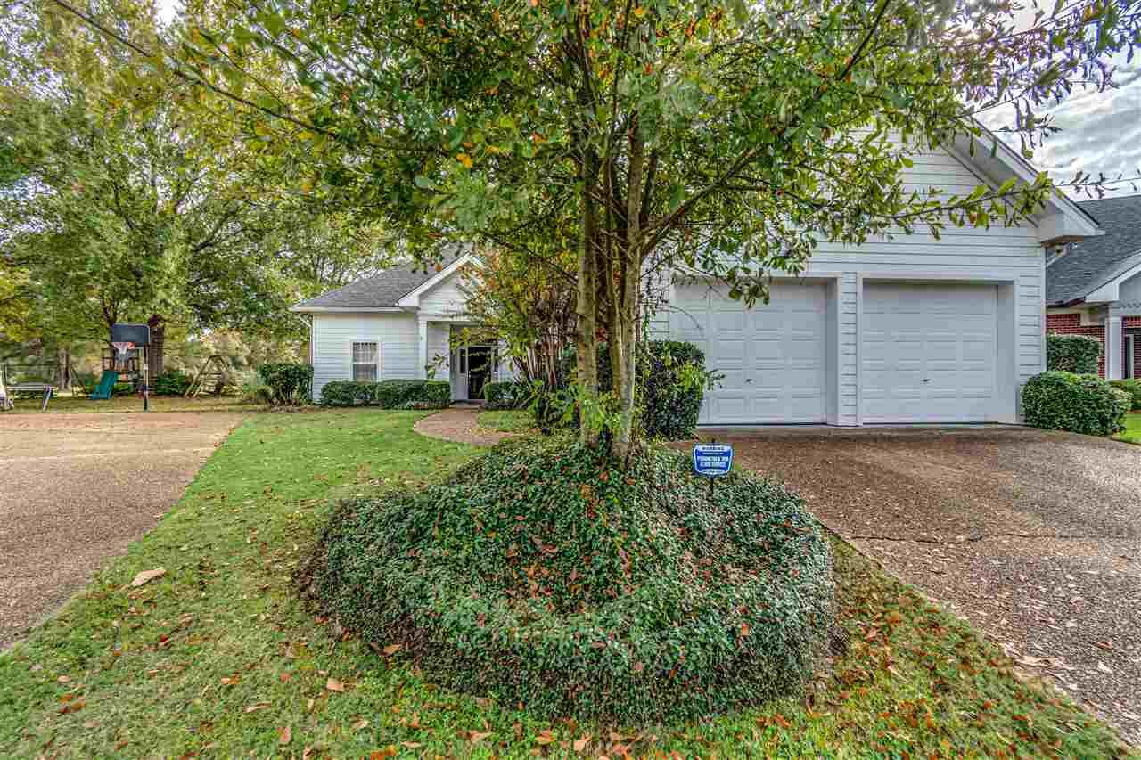 911 OAK TRAIL DR, Canton, MS 39046 - MLS#: 335812