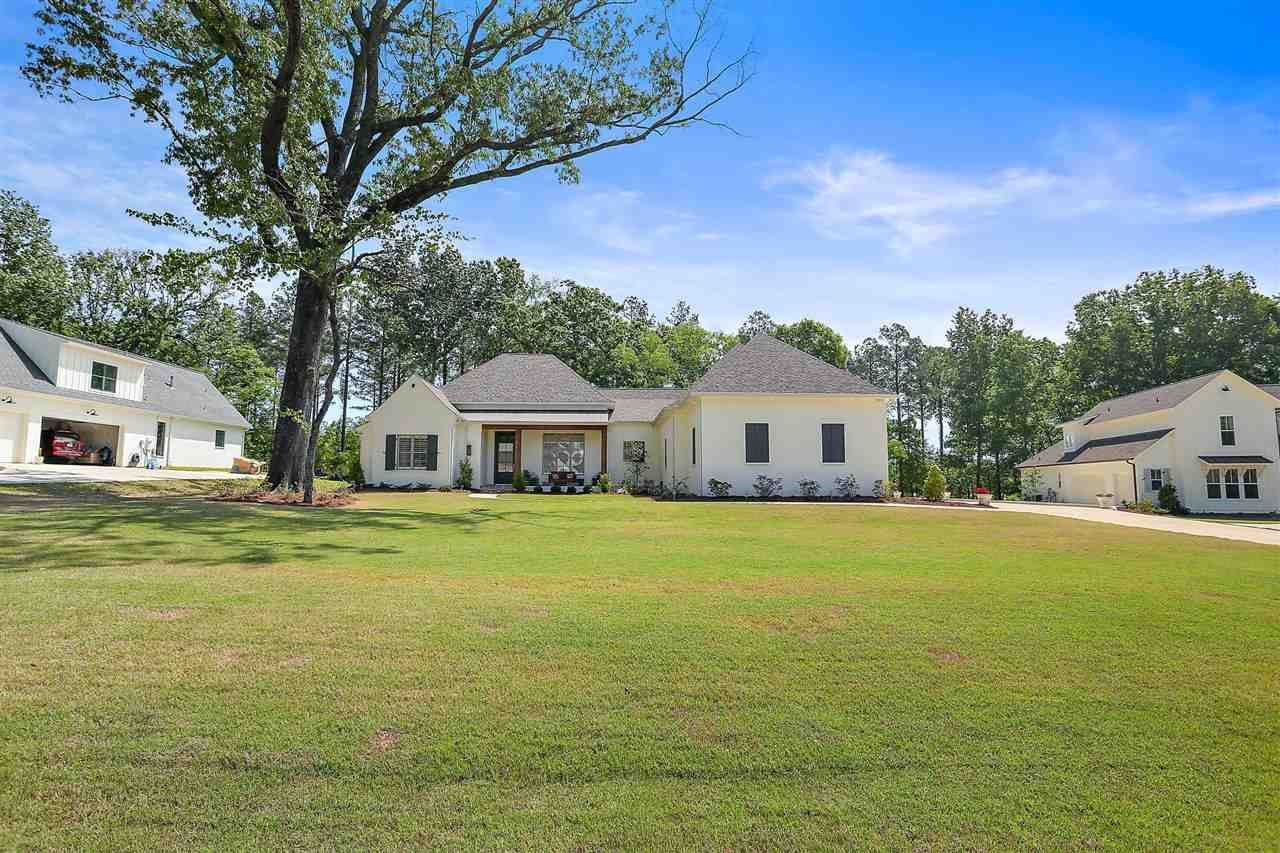 219 OAKSIDE TRL, Madison, MS 39110 - MLS#: 339901