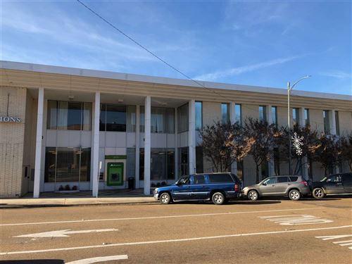 Photo of 105 N MAIN ST, Yazoo City, MS 39194 (MLS # 325958)