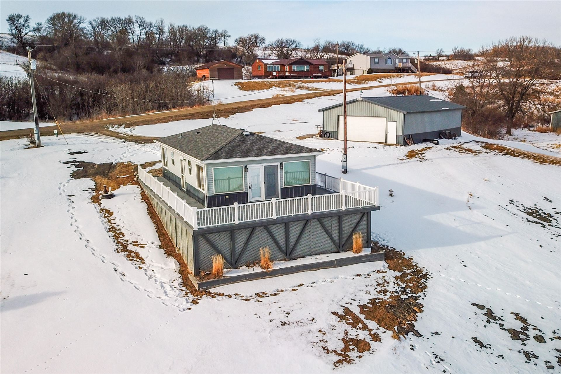 Photo for 2116 116 G Avenue SE, Rogers, ND 58479 (MLS # 21-14)