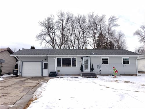 Photo of 1406 6th Avenue SE, Jamestown, ND 58401 (MLS # 21-17)