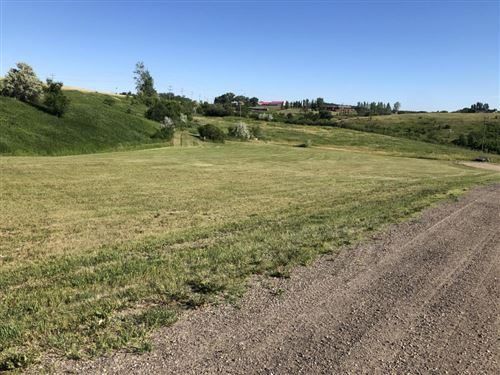 Photo of 1107 9th Avenue NW, Jamestown, ND 58401 (MLS # 21-25)