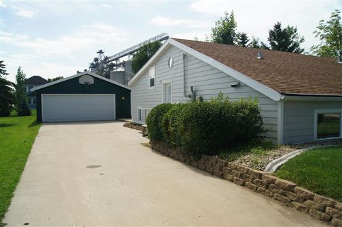 Photo of 107 9th Avenue E, Edgeley, ND 58433 (MLS # 20-360)