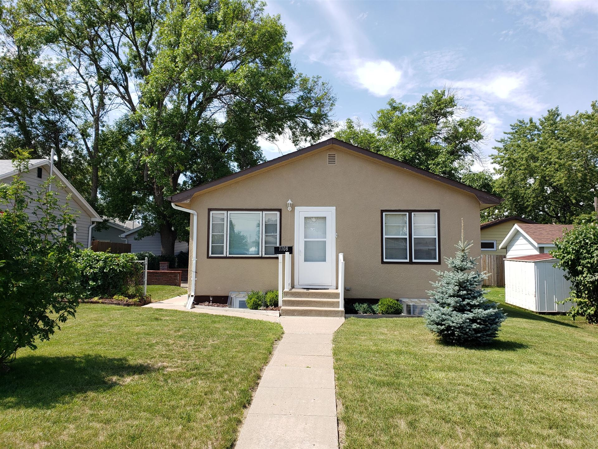 Photo for 1108 10th Avenue SE, Jamestown, ND 58401 (MLS # 20-462)
