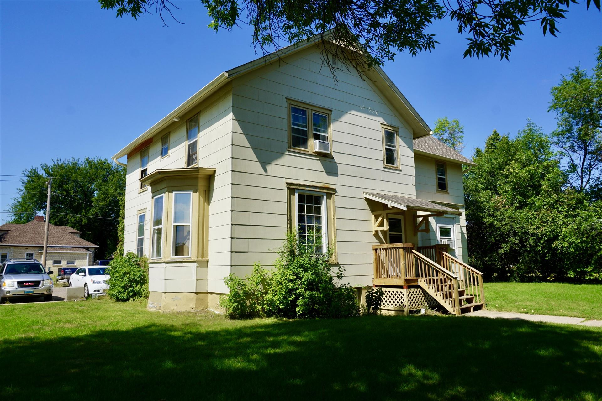 Photo for 809 Central Avenue N, Valley City, ND 58072 (MLS # 20-482)