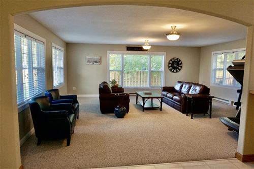 Tiny photo for 1213 2nd Avenue NE, Valley City, ND 58072 (MLS # 20-529)