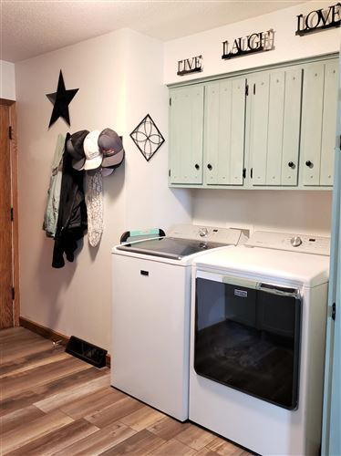 Tiny photo for 321 15th Street SW, Jamestown, ND 58401 (MLS # 20-576)
