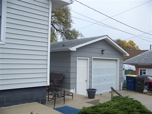 Tiny photo for 216 8th Street SE, Jamestown, ND 58401 (MLS # 20-577)