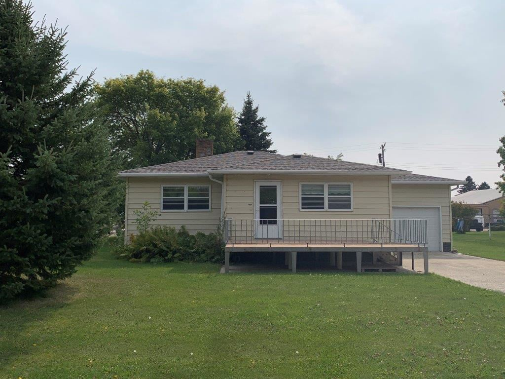 Photo for 501 2nd Avenue, Edgeley, ND 58433 (MLS # 20-608)