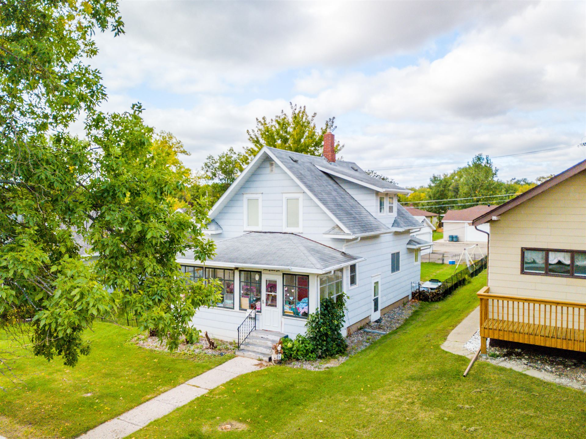 Photo for 481 5th Avenue NW, Valley City, ND 58072 (MLS # 20-617)