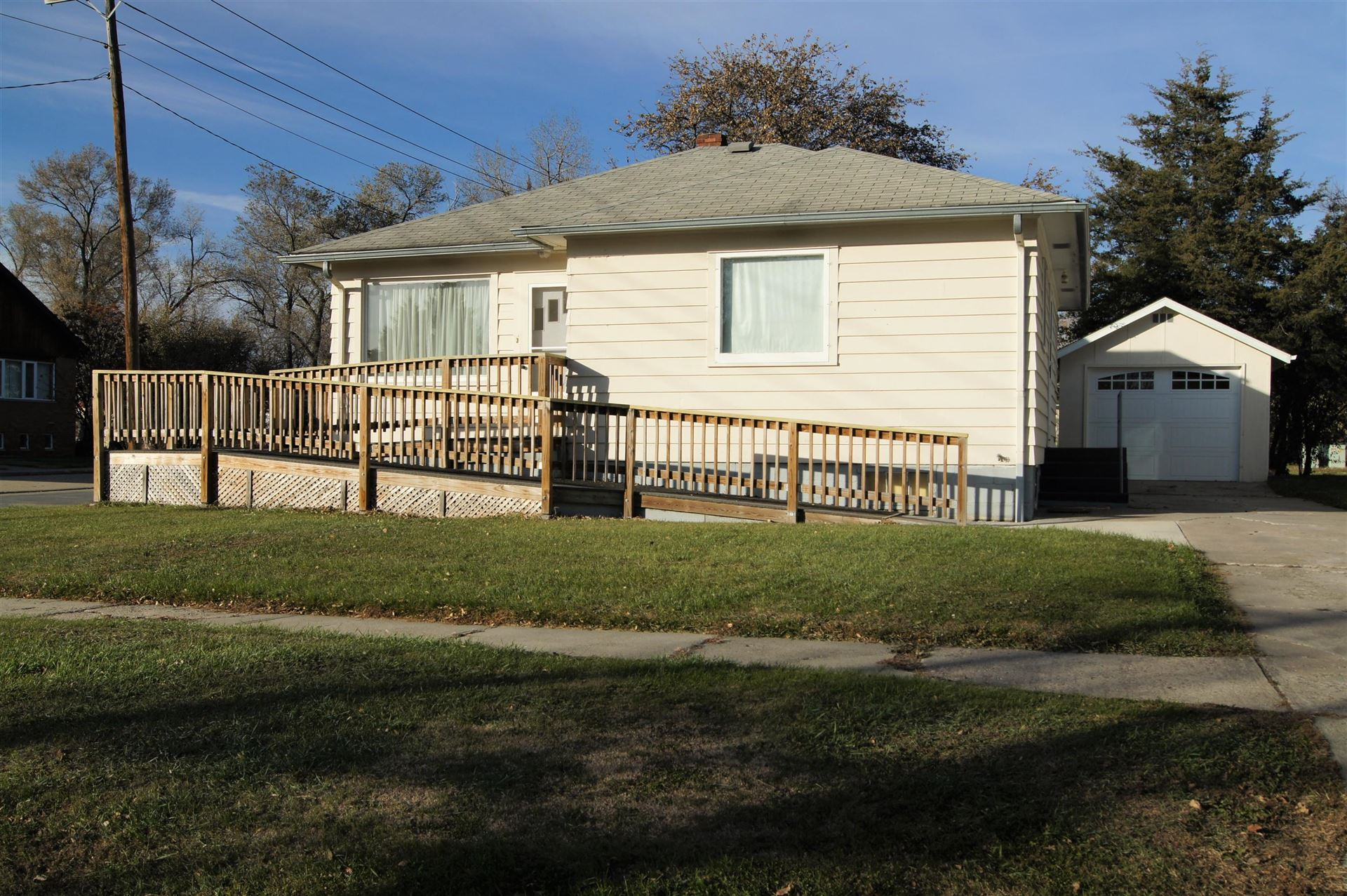 Photo for 201 2nd Street S, Ellendale, ND 58436 (MLS # 20-629)