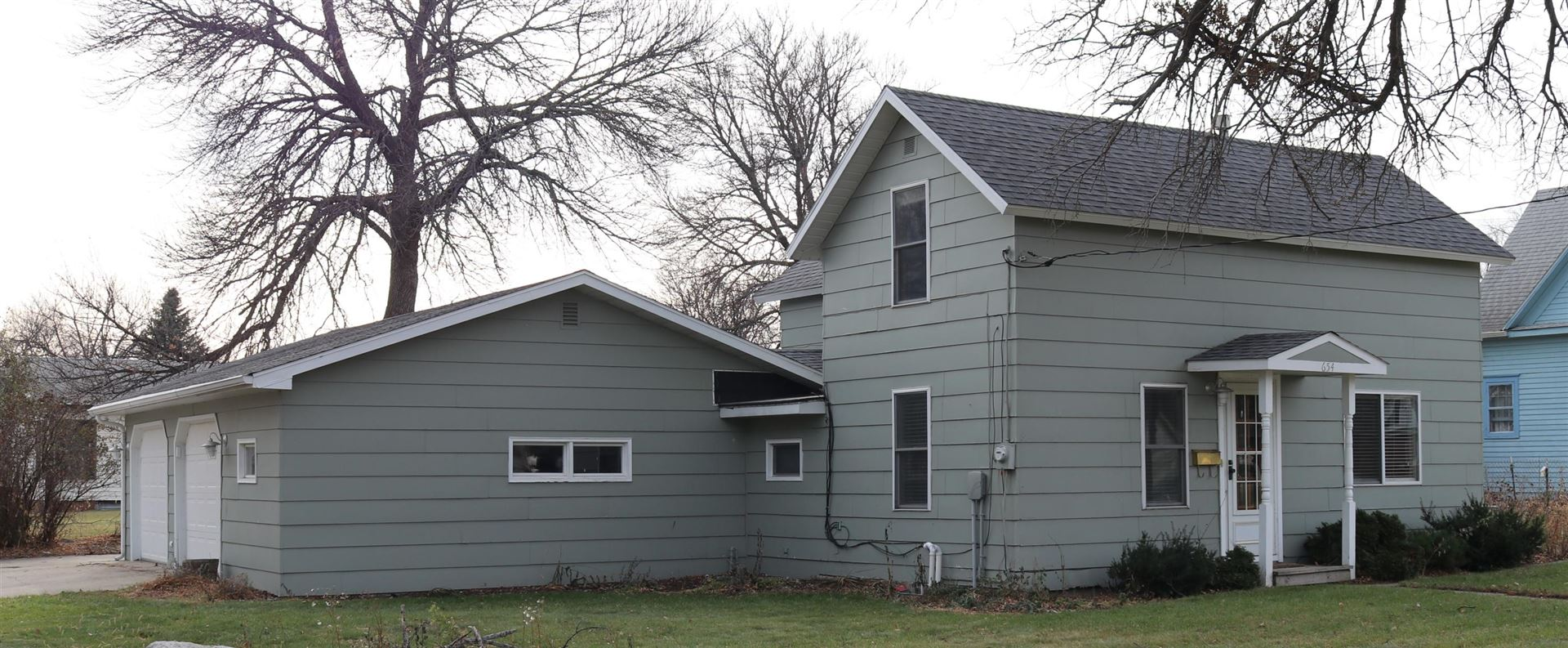 Photo for 654 4th Street NE, Valley City, ND 58072 (MLS # 20-632)