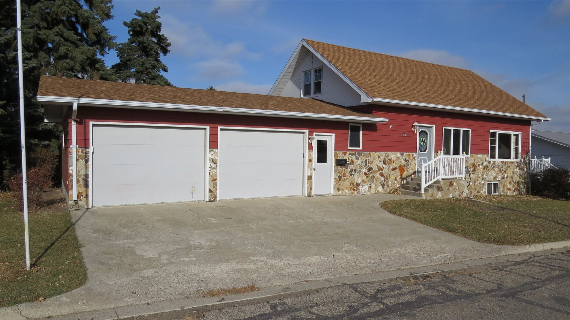 Photo for 120 Cedar Street E, Gackle, ND 58442 (MLS # 20-661)