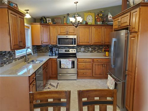 Tiny photo for 720 12th Avenue SW, Jamestown, ND 58401 (MLS # 20-672)