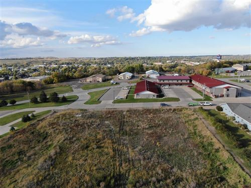 Tiny photo for 485 10th Avenue SW, Valley City, ND 58072 (MLS # 20-692)