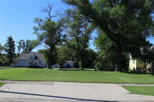 Photo of 626 4th Street SW, Valley City, ND 58072 (MLS # 20-700)