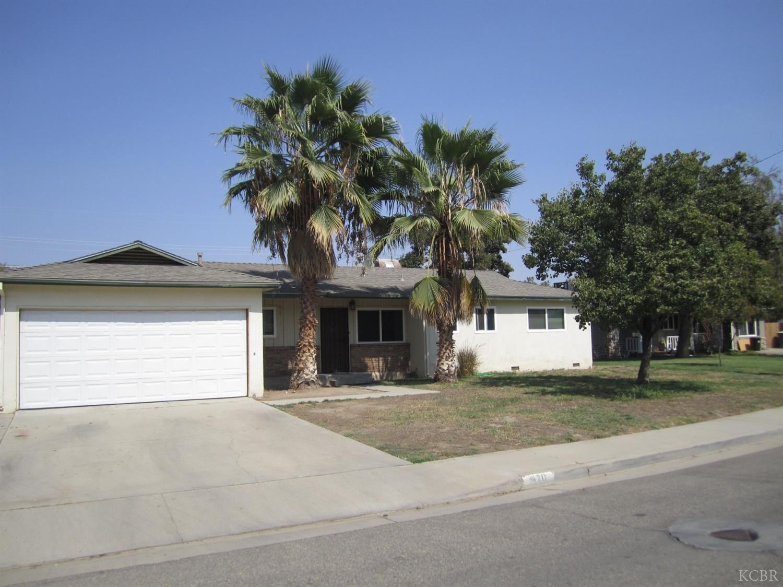 970 Cypress, Lemoore, CA 93245 - MLS#: 222821