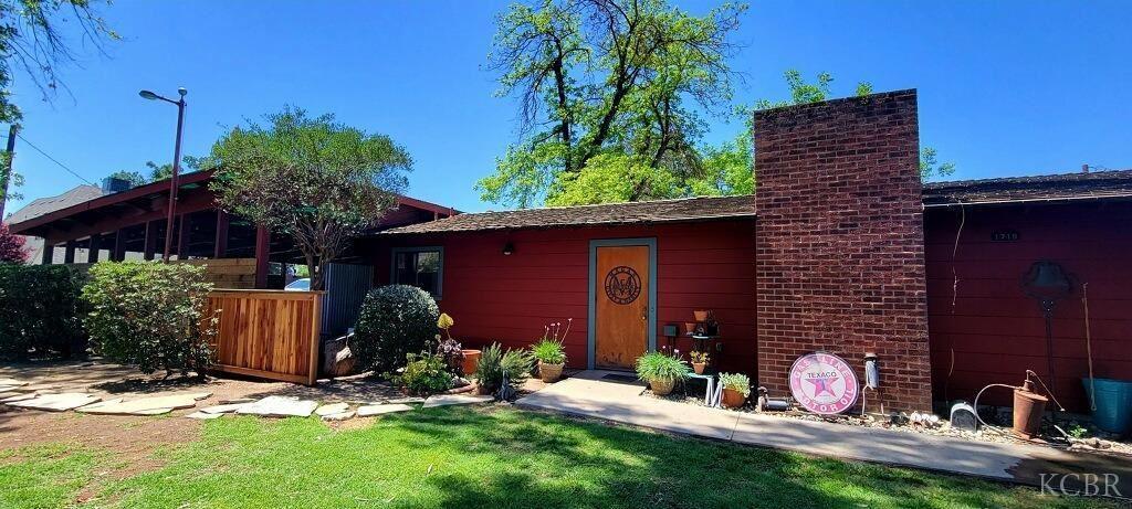 1718 Leoni Drive, Hanford, CA 93230 - MLS#: 221915