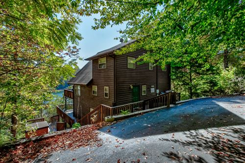 Photo of 873 Flat Hollow Marina Rd, Speedwell, TN 37870 (MLS # 1132001)