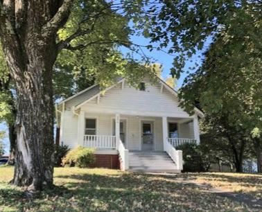 Photo of 206 Kingwood Rd, Knoxville, TN 37918 (MLS # 1141019)