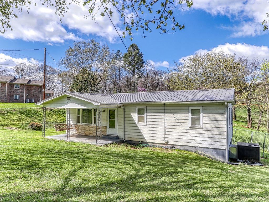 Photo of 951 Moody Rd, Jefferson City, TN 37760 (MLS # 1148025)