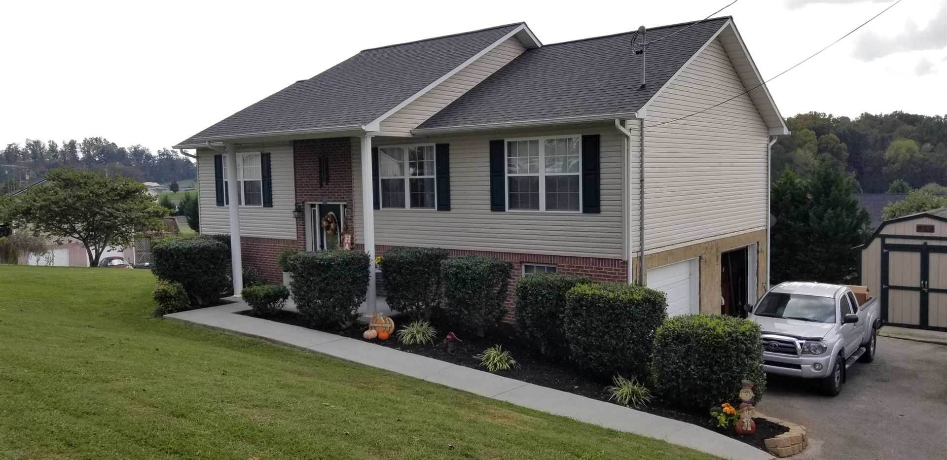Photo of 1783 Sand Plant Rd, Sevierville, TN 37876 (MLS # 1133036)