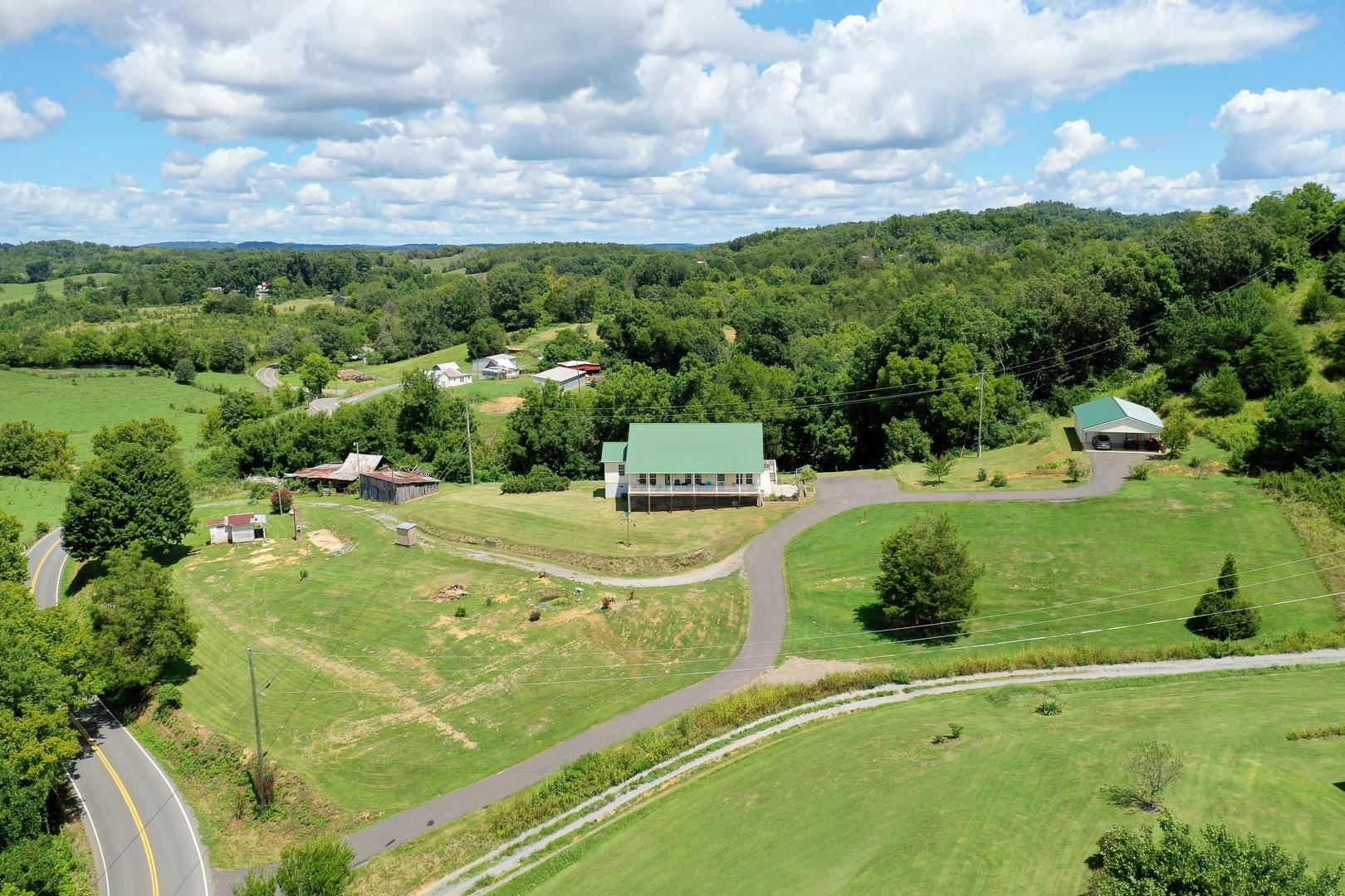 Photo of 1460 Providence Rd, Sevierville, TN 37876 (MLS # 1165045)