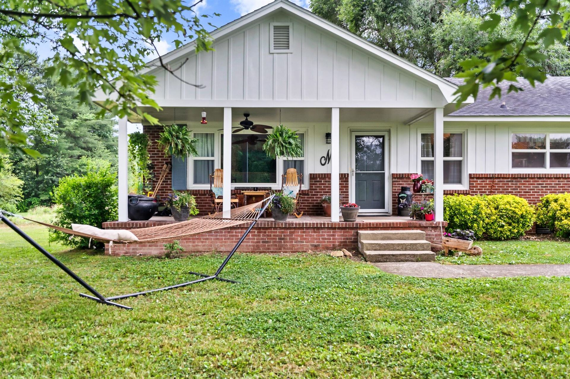 Photo of 1815 Holston River Rd, Knoxville, TN 37914 (MLS # 1155058)