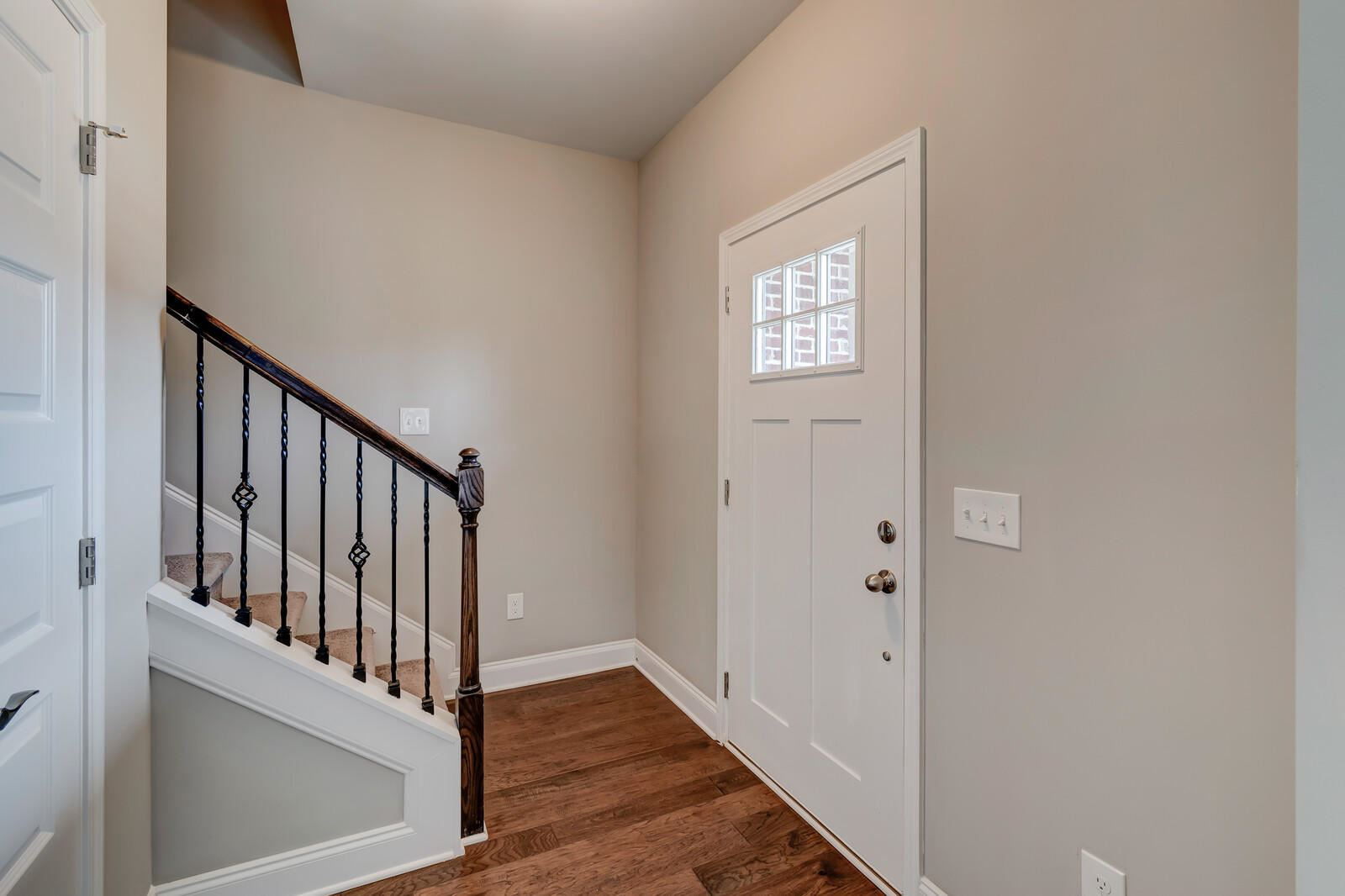Photo of 2604 Smoky Hill Lane, Knoxville, TN 37932 (MLS # 1122077)