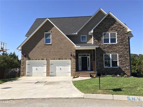 Photo of 705 Huntcliff Lane, Knoxville, TN 37922 (MLS # 1171079)
