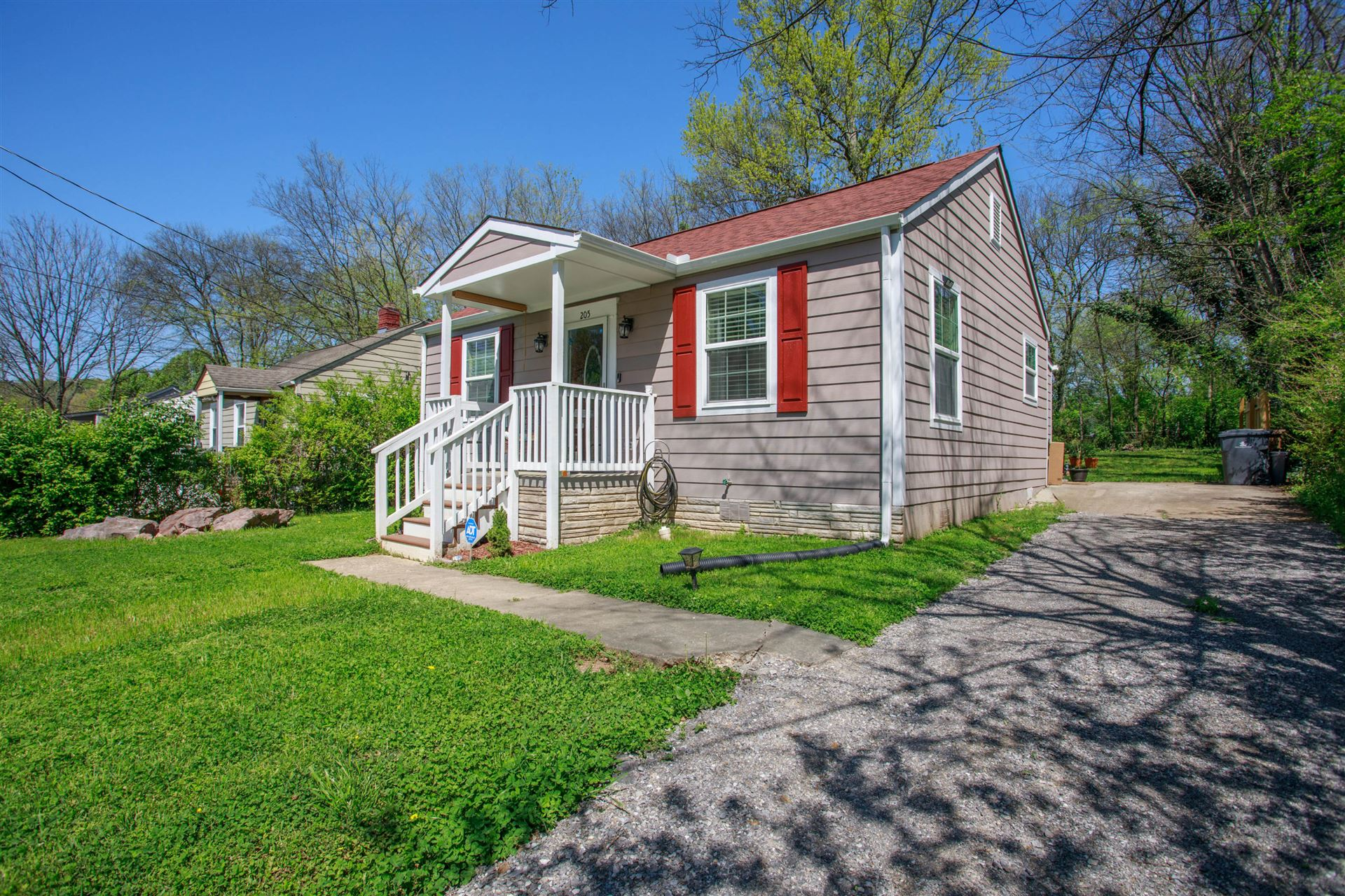 Photo of 205 Wynn Ave, Knoxville, TN 37920 (MLS # 1149080)