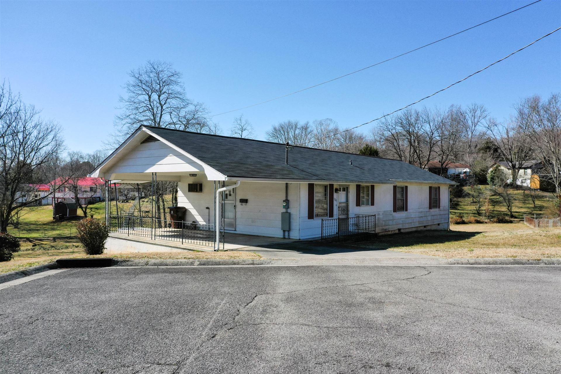 Photo of 104 W Sheridan Place, Oak Ridge, TN 37830 (MLS # 1143083)