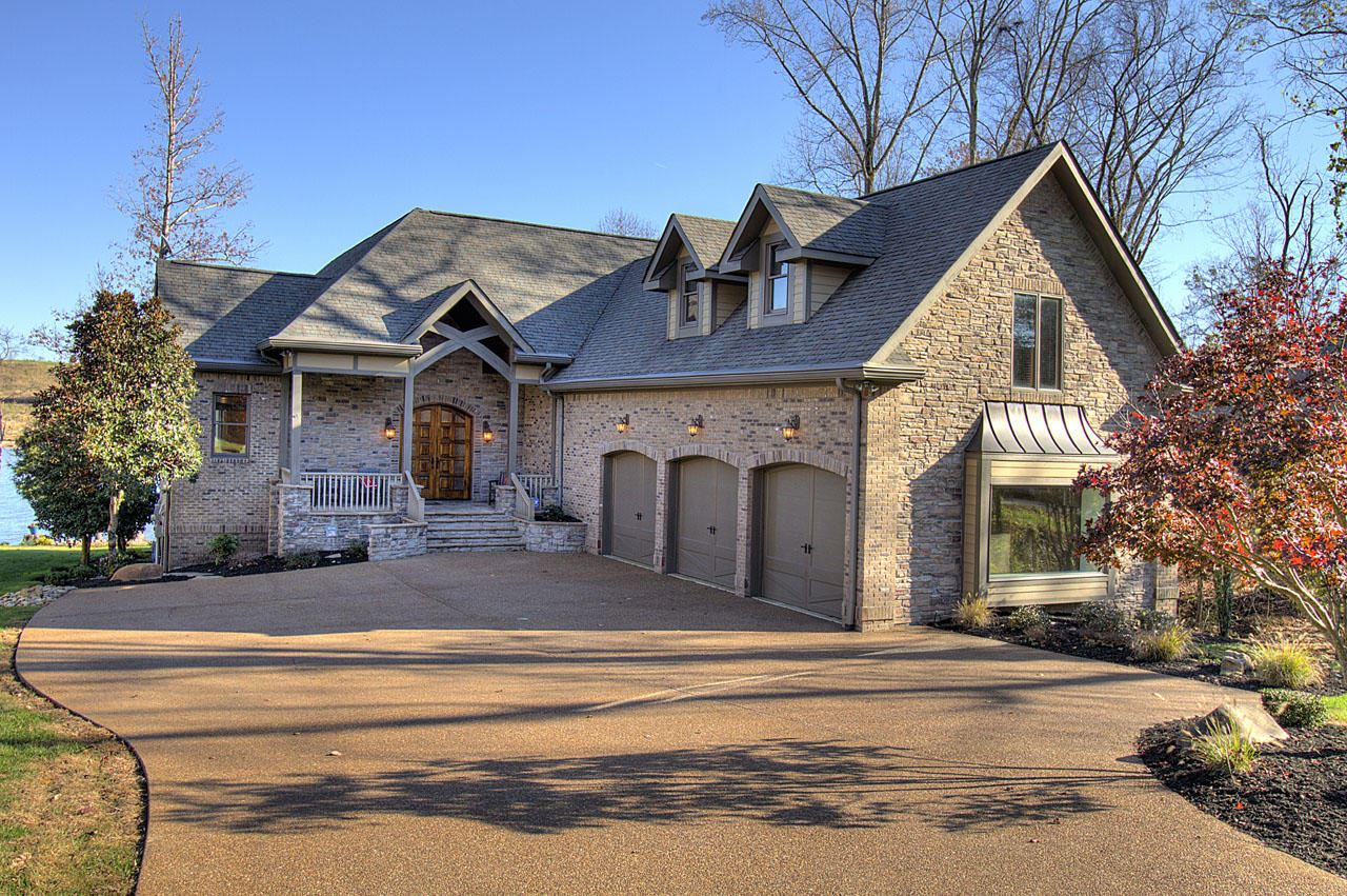 Photo for 913 Kahite Tr, Vonore, TN 37885 (MLS # 1136085)