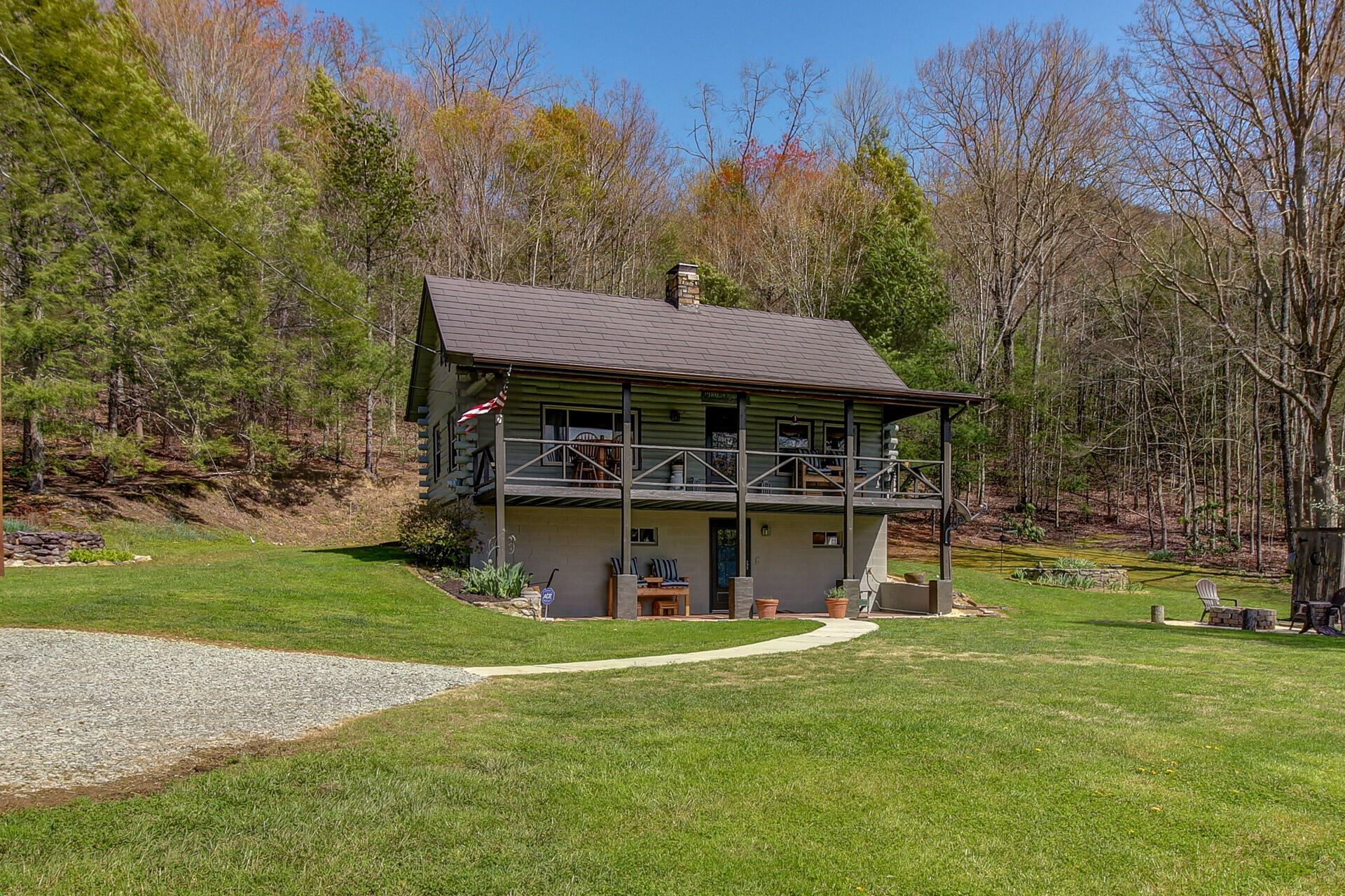 Photo of 2703 Clabo Rd, Sevierville, TN 37862 (MLS # 1149108)