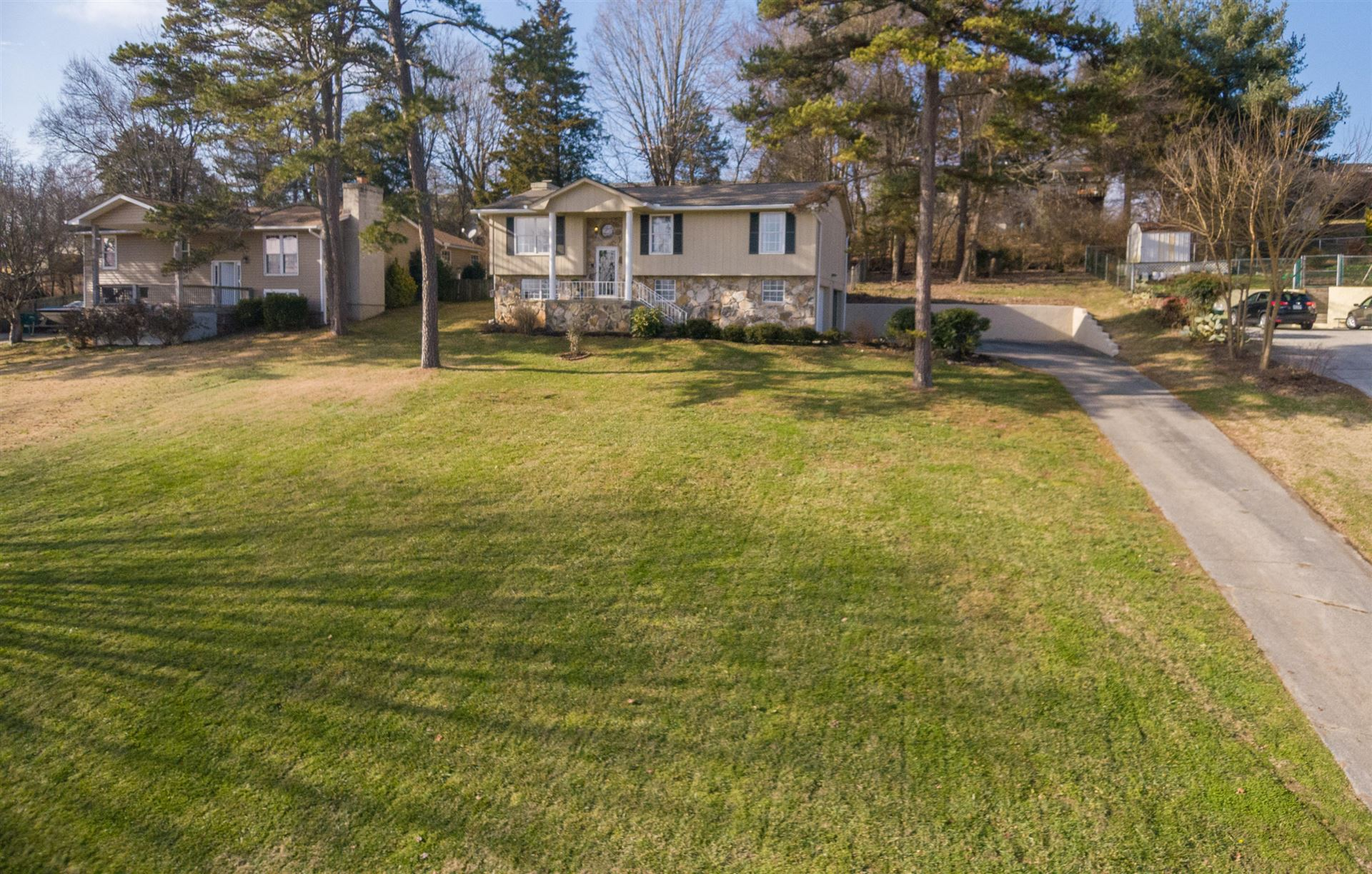 Photo of 11333 Clear Point Drive, Knoxville, TN 37932 (MLS # 1140112)