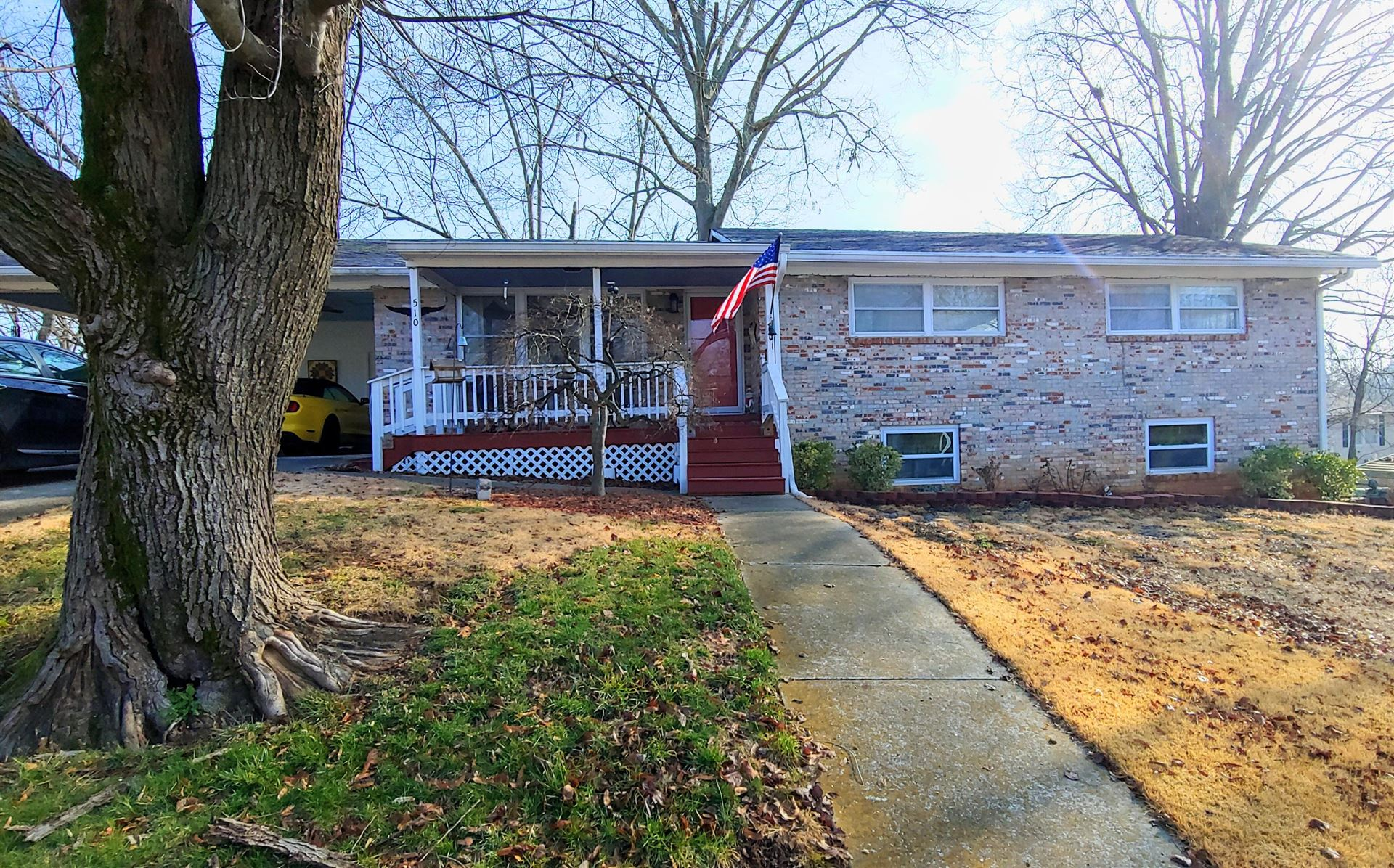 Photo of 510 Williams St, Sweetwater, TN 37874 (MLS # 1140119)