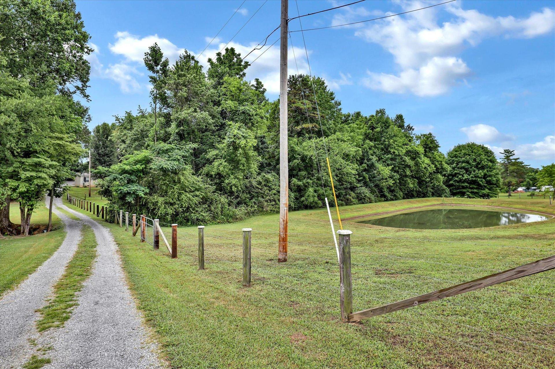 Photo of 3510 Morganton Rd, Maryville, TN 37801 (MLS # 1161123)