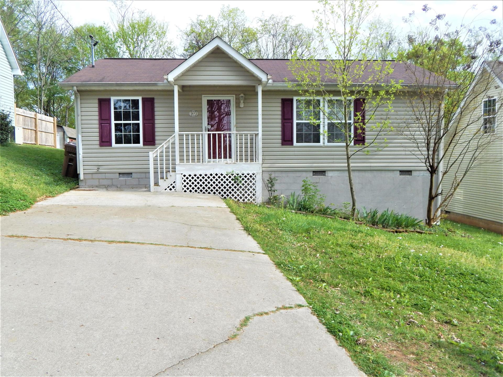 Photo of 2612 Vucrest Ave, Knoxville, TN 37920 (MLS # 1149138)
