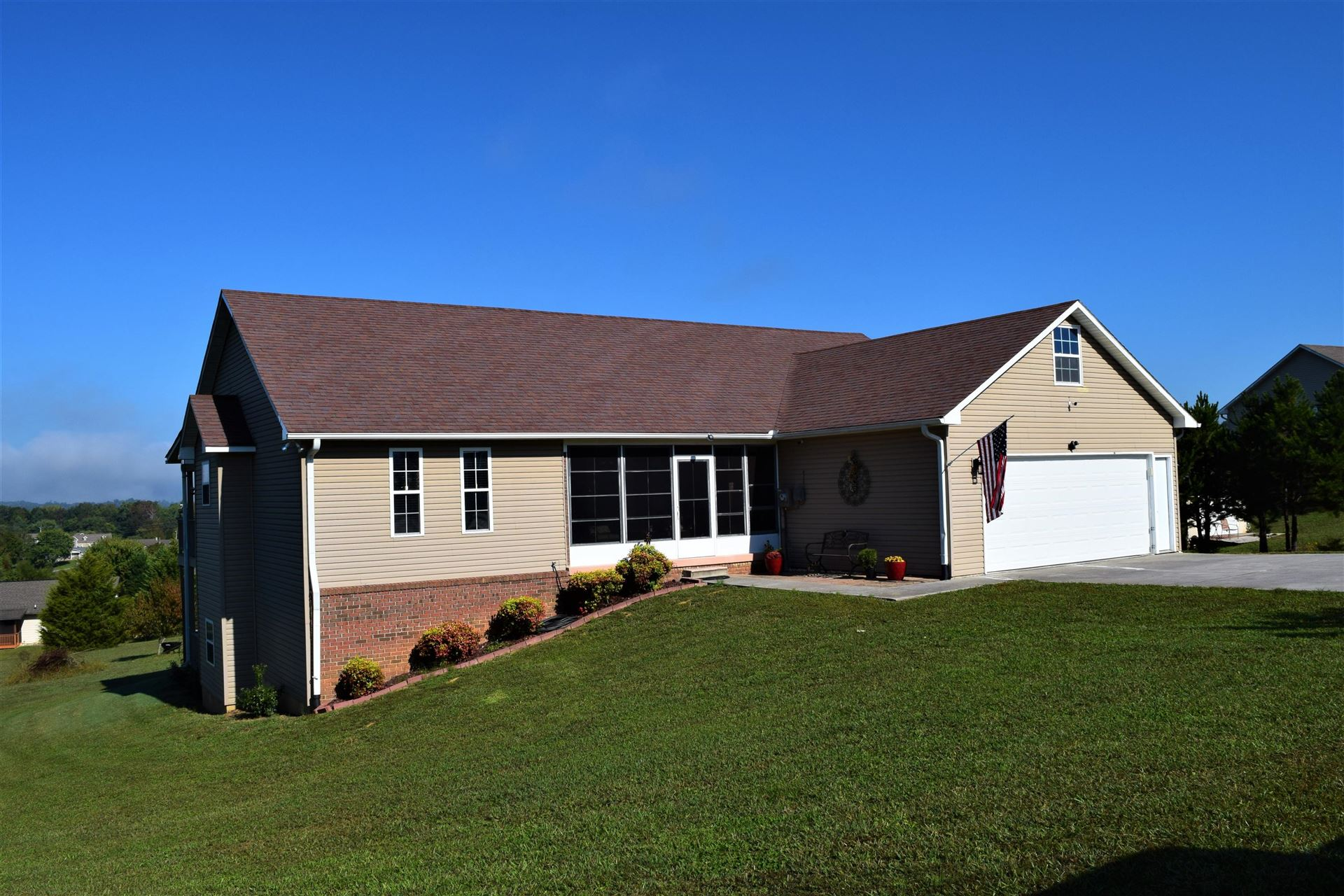 Photo of 2814 English Hills Drive, Sevierville, TN 37876 (MLS # 1132146)