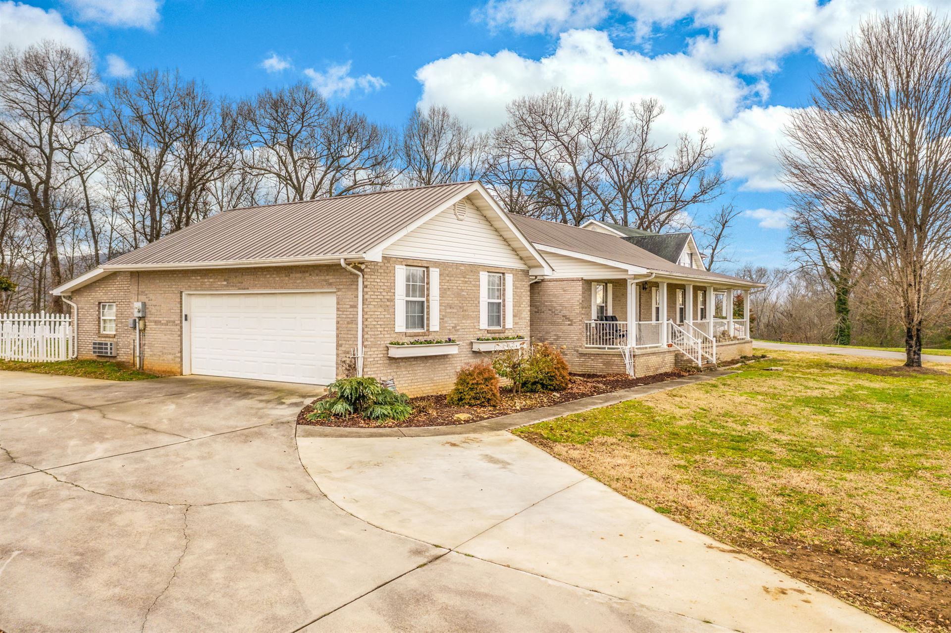 Photo of 975 Boardly Hills Blvd, Sevierville, TN 37876 (MLS # 1140152)