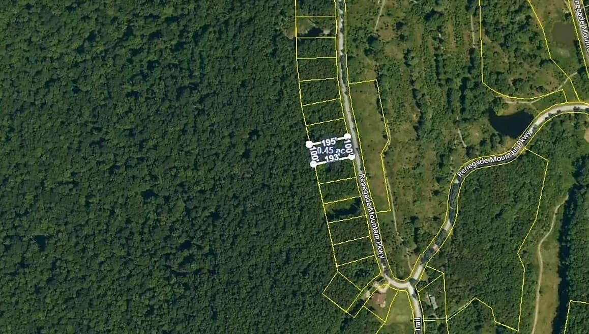 Photo of 242 Renegade Mountain Pkwy, Crab Orchard, TN 37723 (MLS # 1140153)