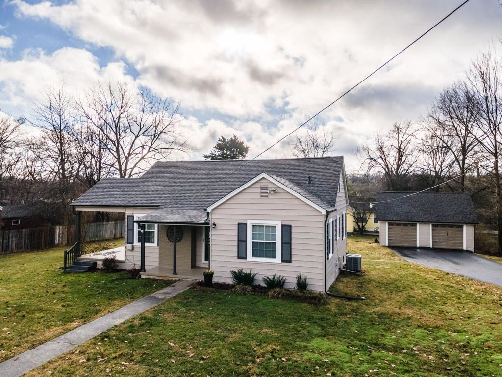 Photo of 2300 Parkway Drive, Knoxville, TN 37918 (MLS # 1140159)