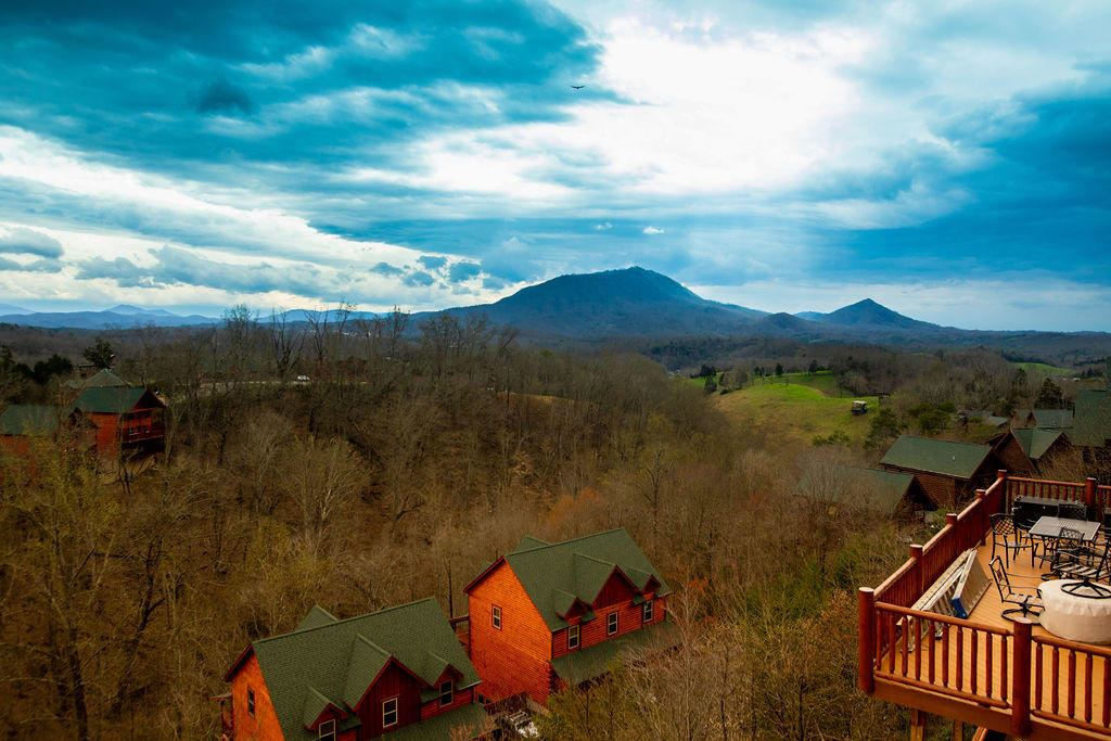Photo of 1083 Towering Oaks Drive, Sevierville, TN 37876 (MLS # 1112161)