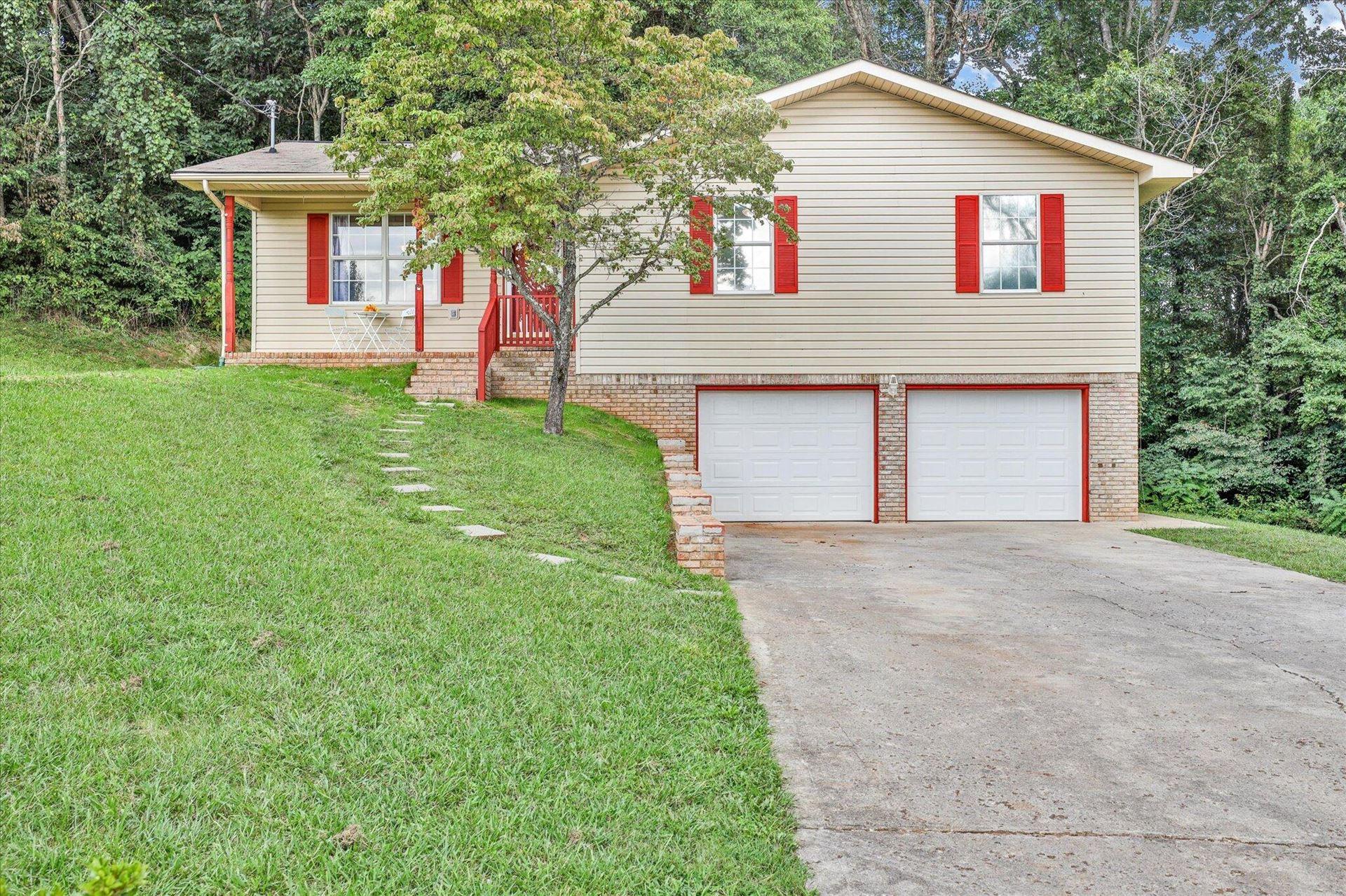 Photo of 270 Michal Lane, New Tazewell, TN 37825 (MLS # 1167166)