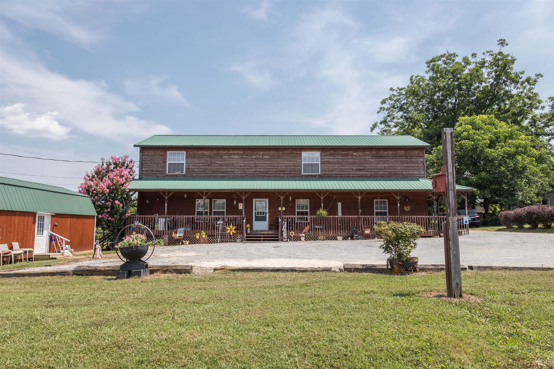 Photo of 3279 Line Springs Rd, Sevierville, TN 37862 (MLS # 1162175)